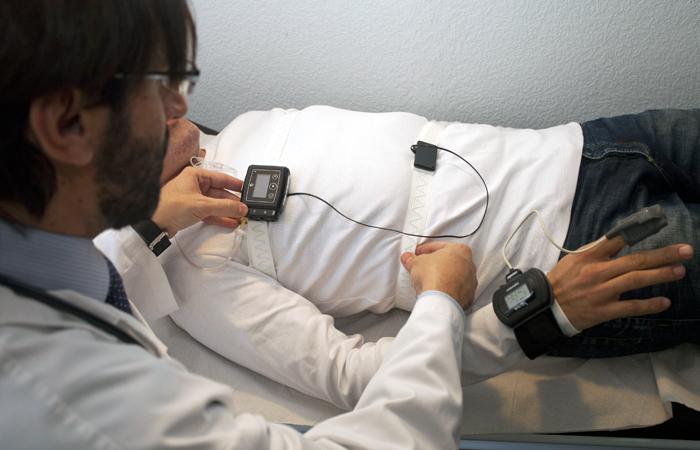 Trastornos respiratorios del sueño (apneas, ronquidos,...)